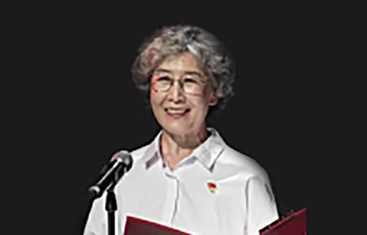 徐燕-北京电影学院教授,台词指导教师。