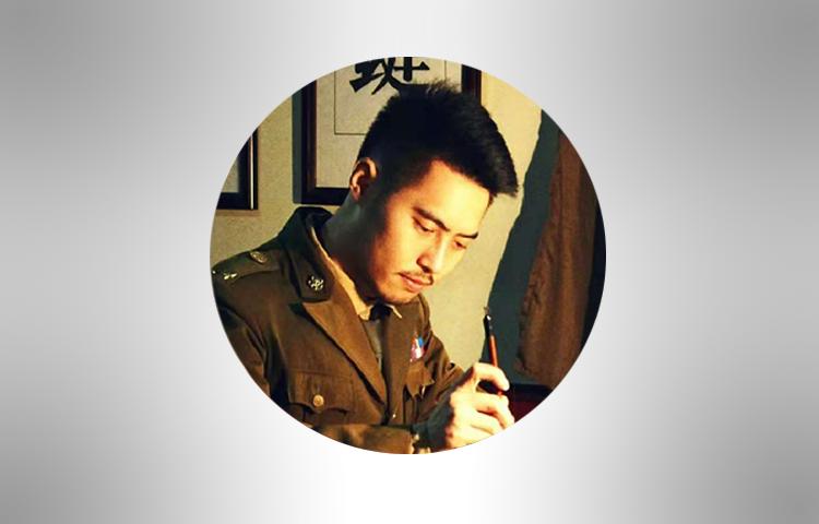 唐伟轩-重庆大学表演学士、电影学硕士研究生