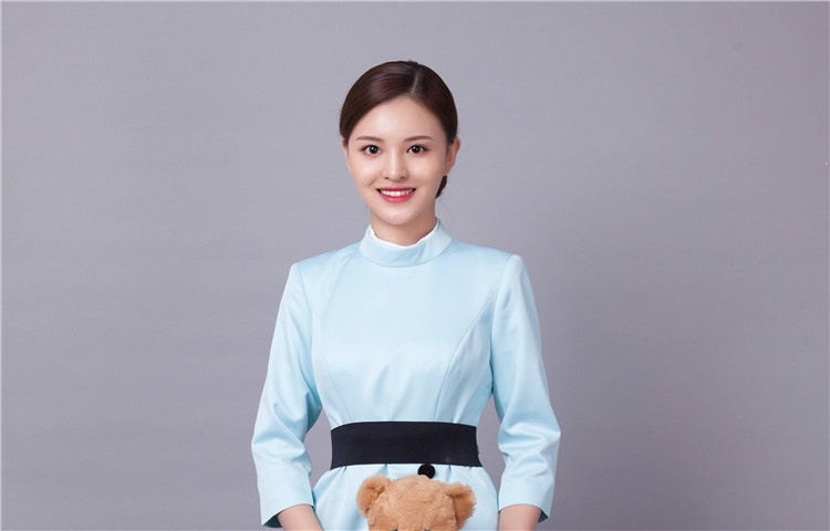 侯莹-专业航空服务艺术与管理教学