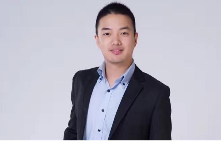 廖中杰-毕业于厦门大学,七年艺考教学经验