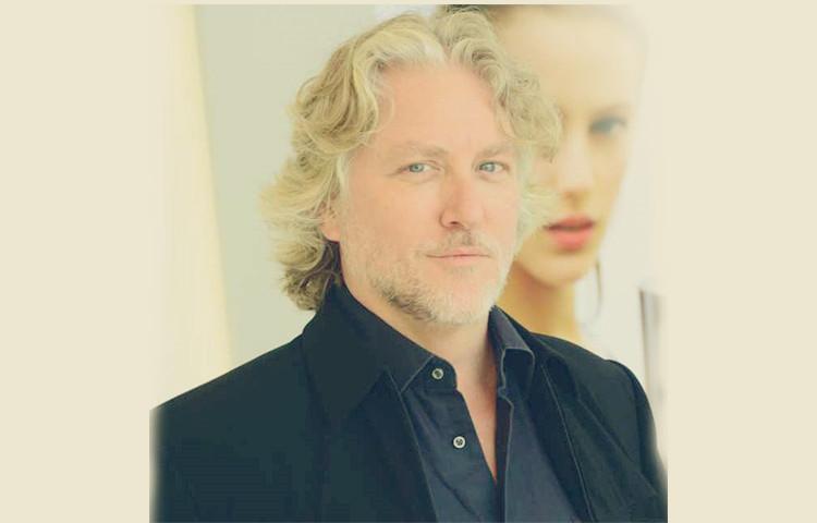Jim Price Tenor-美国男高音歌唱家,歌剧艺术顾问