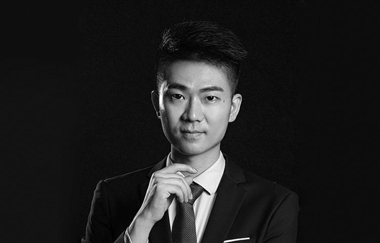 章伟-七年艺考教学经验、多次担任高校考官