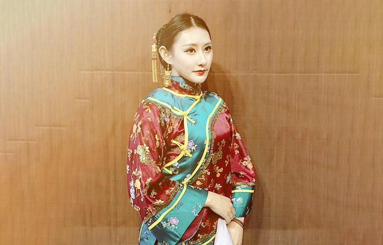 刘晗玥-认真负责 有亲和力