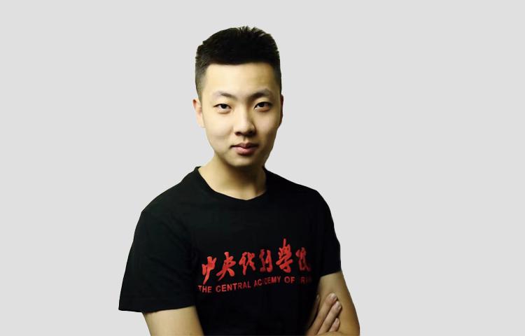 郑驰-中戏毕业,戏剧艺术专业策展人