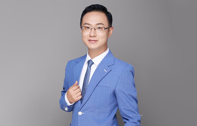 郭铭仁-吉林电视台播音员、中央广播电视总台主持人