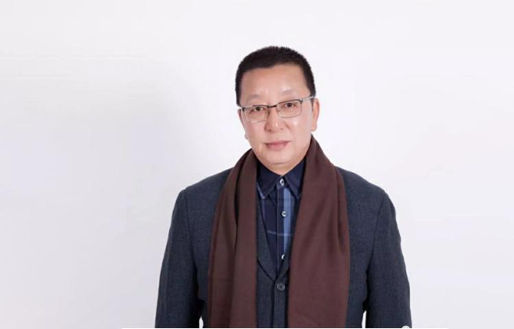 姚逸石-从艺40余年,实战经验丰富