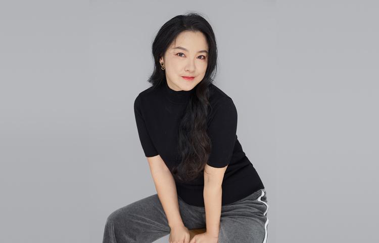 钱竑-花腔女高音歌唱家、歌剧演员