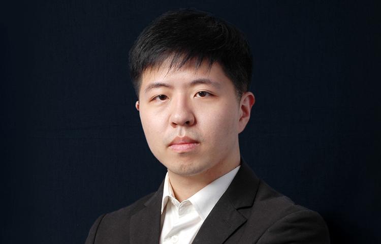 李梵-2015年中央民族大学油画系第三名