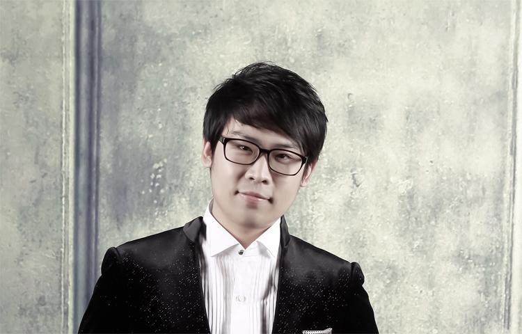 李秀龙-那不勒斯音乐学院研究生