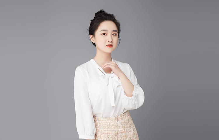 """刘悦扬-""""舞台上的戏疯子,舞台下的小可爱。"""""""