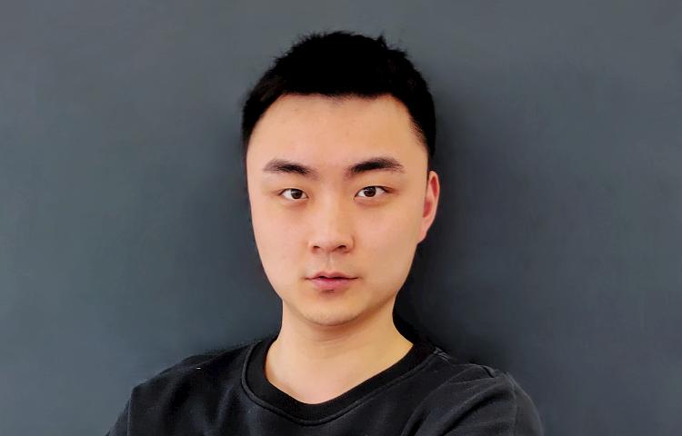 岳耀斌-艺考编舞能力优异,对舞蹈技巧教授经验丰富