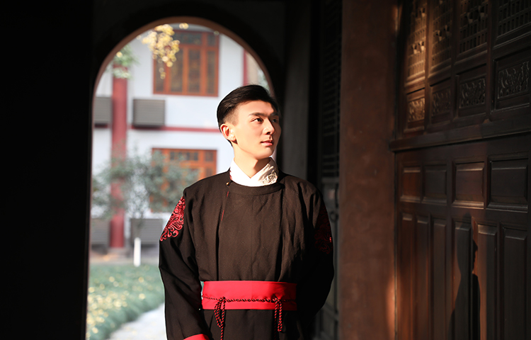 刘然玹-传授剧组影视拍摄经验与课程