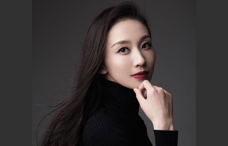 王金格-舞剧皇后;优秀青年舞蹈演员