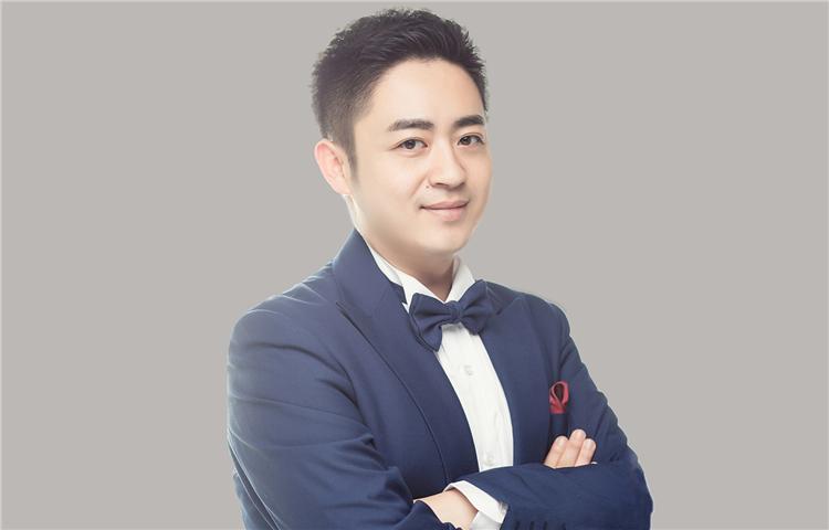 李杨-天津卫视主持人、央视十佳出镜记者